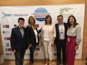 Carmelo Hernández con Mercedes Alonso, Elvira Tarruella y María Jesús Fernández